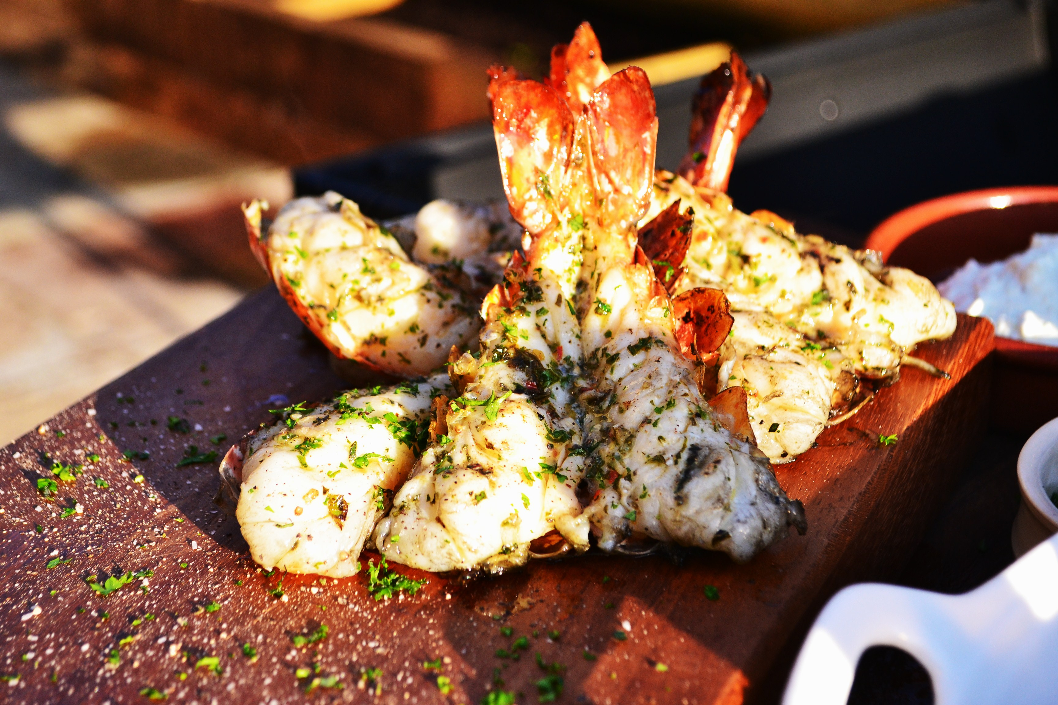Bbq d giant gambas the bicycle thief - Marinade gambas grillees au barbecue ...