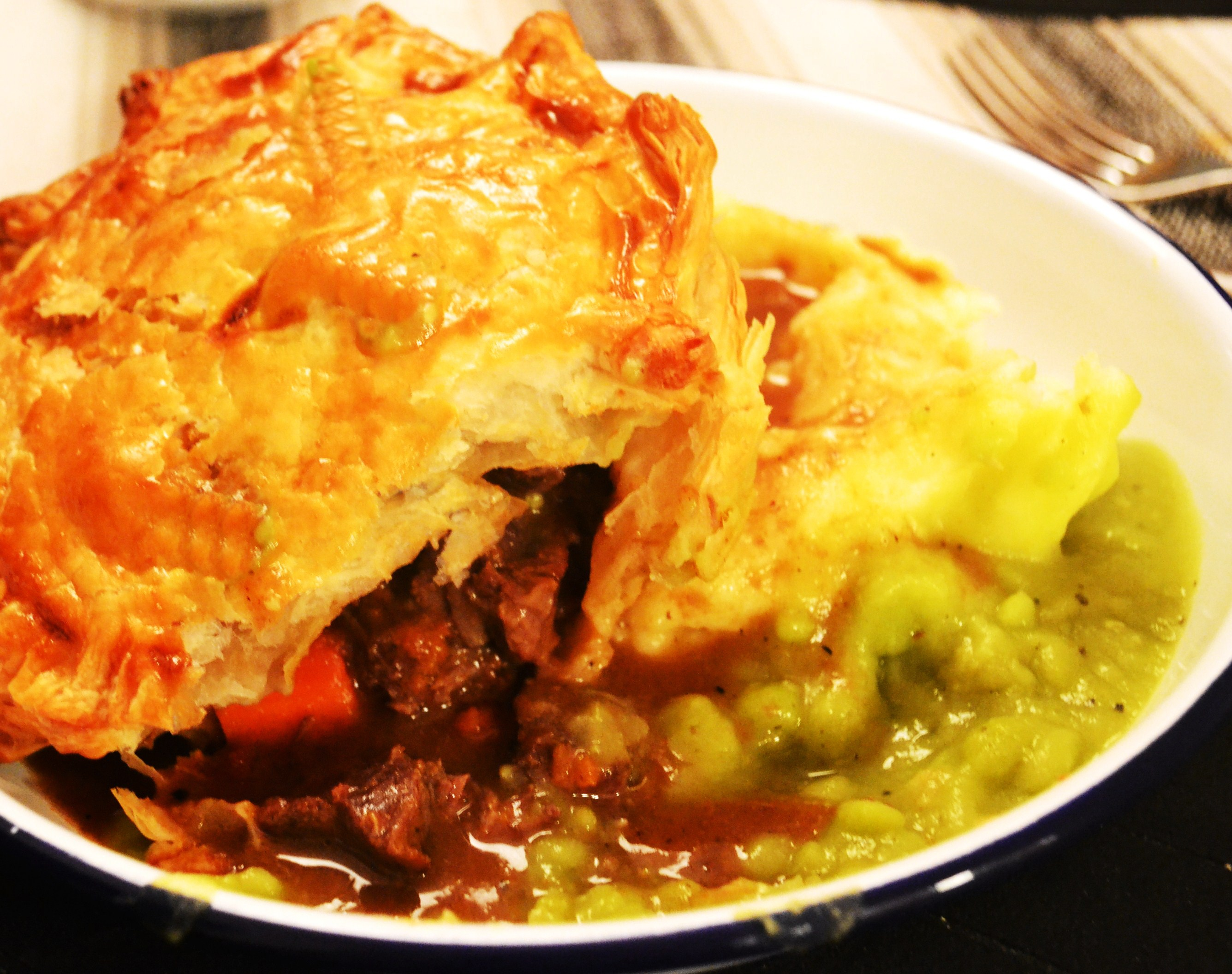 Pie 2# – Steak and Ale Pie | Recipes from The Bicycle Thief