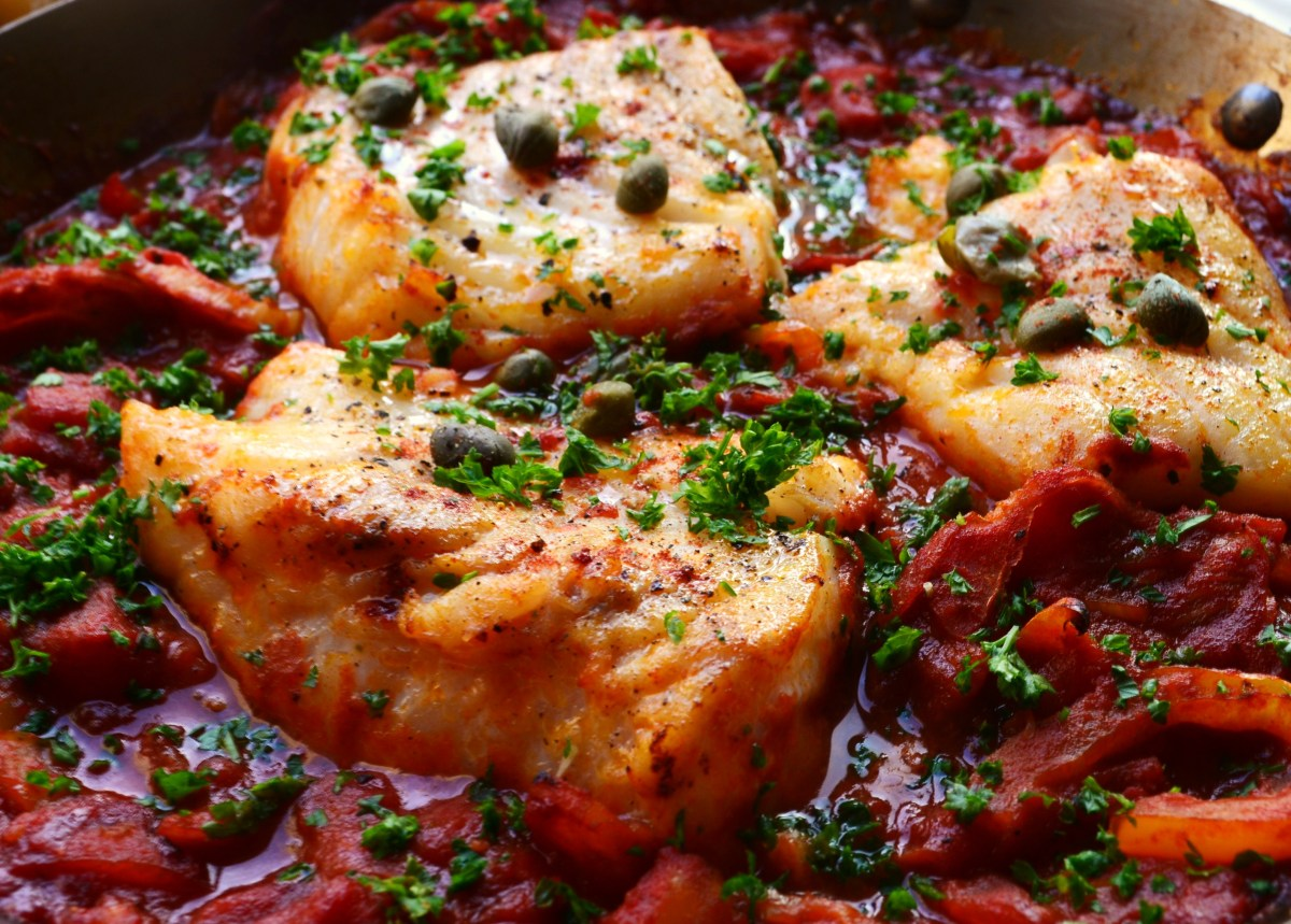 Baked cod fish with capers and peppers the bicycle thief for Baking cod fish